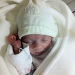 Recuerdos alegres de mi hija en la incubadora