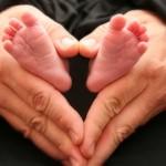 La historia de dos mellizas prematuras y un angelito