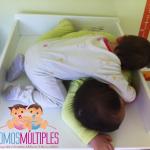 Cómo dormir a los dos mellizos a la vez