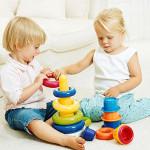 ¿Qué hacer cuando uno de los gemelos o mellizos domina al otro?