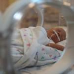 Perdí a uno de mis mellizos prematuros y el otro lucha por su vida