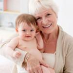 El papel de los abuelos de gemelos, mellizos y trillizos