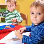 ¿A qué edad debería llevar a mis gemelos a la guardería?