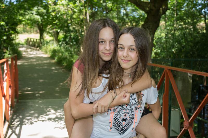 La relación entre gemelos y mellizos siemopre es mucho más intensa que entre otros hermanos